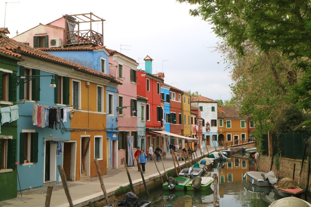burano, terraced houses