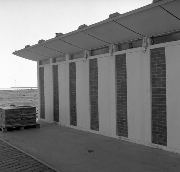 lignano, beach office